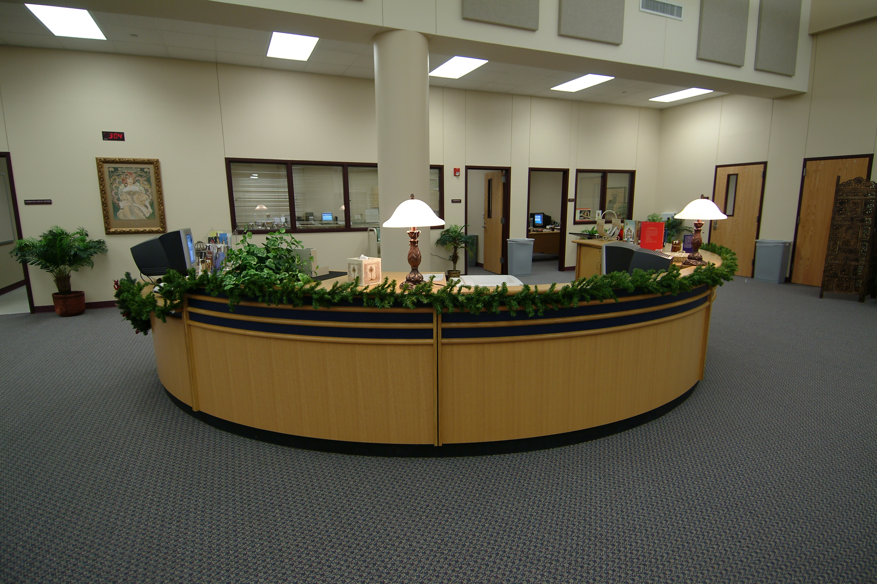 Traditional Wood Reference Desk